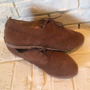 Dolce Vita Suede Oxfords NWT